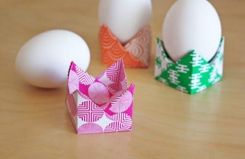 Подставка из бумаги для пасхального яйца